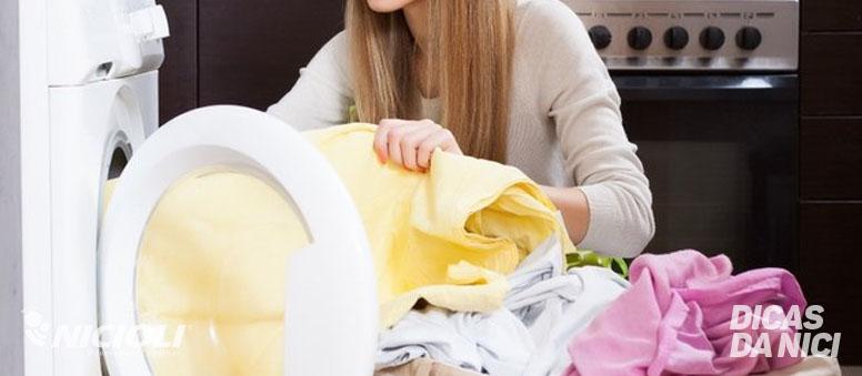 Roupas sem manchas: dicas para lavar as peças de forma ideal